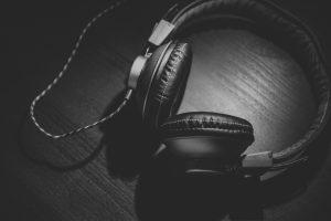 audio-headphones-desks